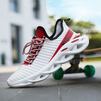 цена Fashion Mens Shoes Breathable Men Shoes Sneakers Lightweight Casual Shoes Men Lunisex Walking Red Wear-resistant Large Size онлайн в 2017 году