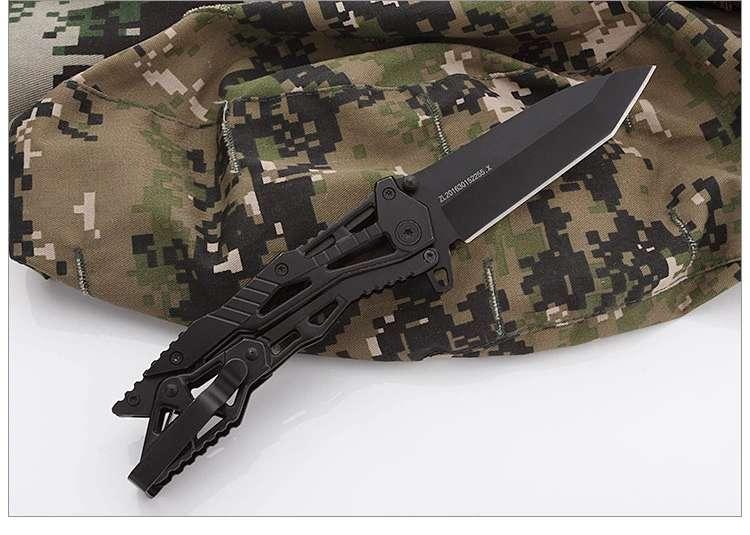 MuddyHunting Folding Knife 1