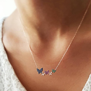 Personality Pink Green Crystal Butterfly Pendant Necklace For Women Minimalist Chain Choker Necklace For Jewelry Collier(China)
