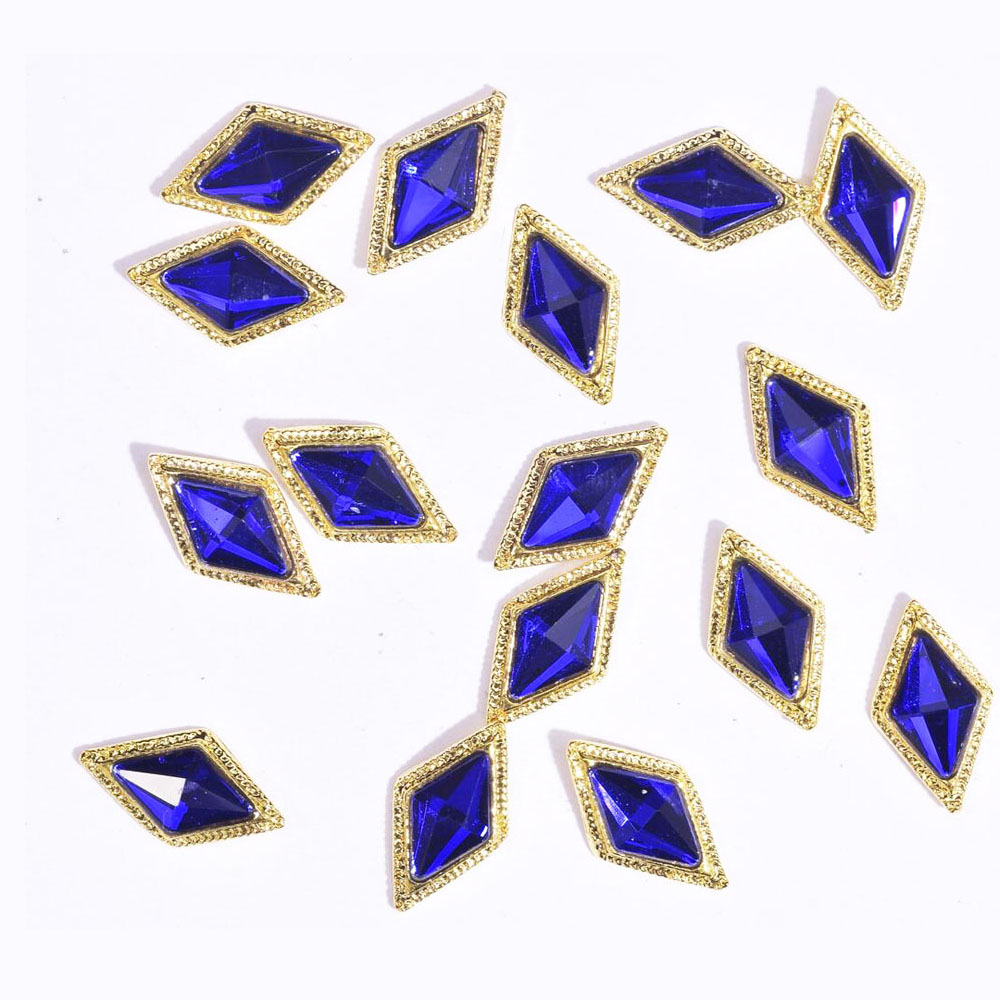 10Pcs 3D Alloy Nail Art Rhinestone Crown/Square/Rhombus Crystal Diamonds Stone Jewelry 2020 New Strass Accessoires JE379-JE406(China)