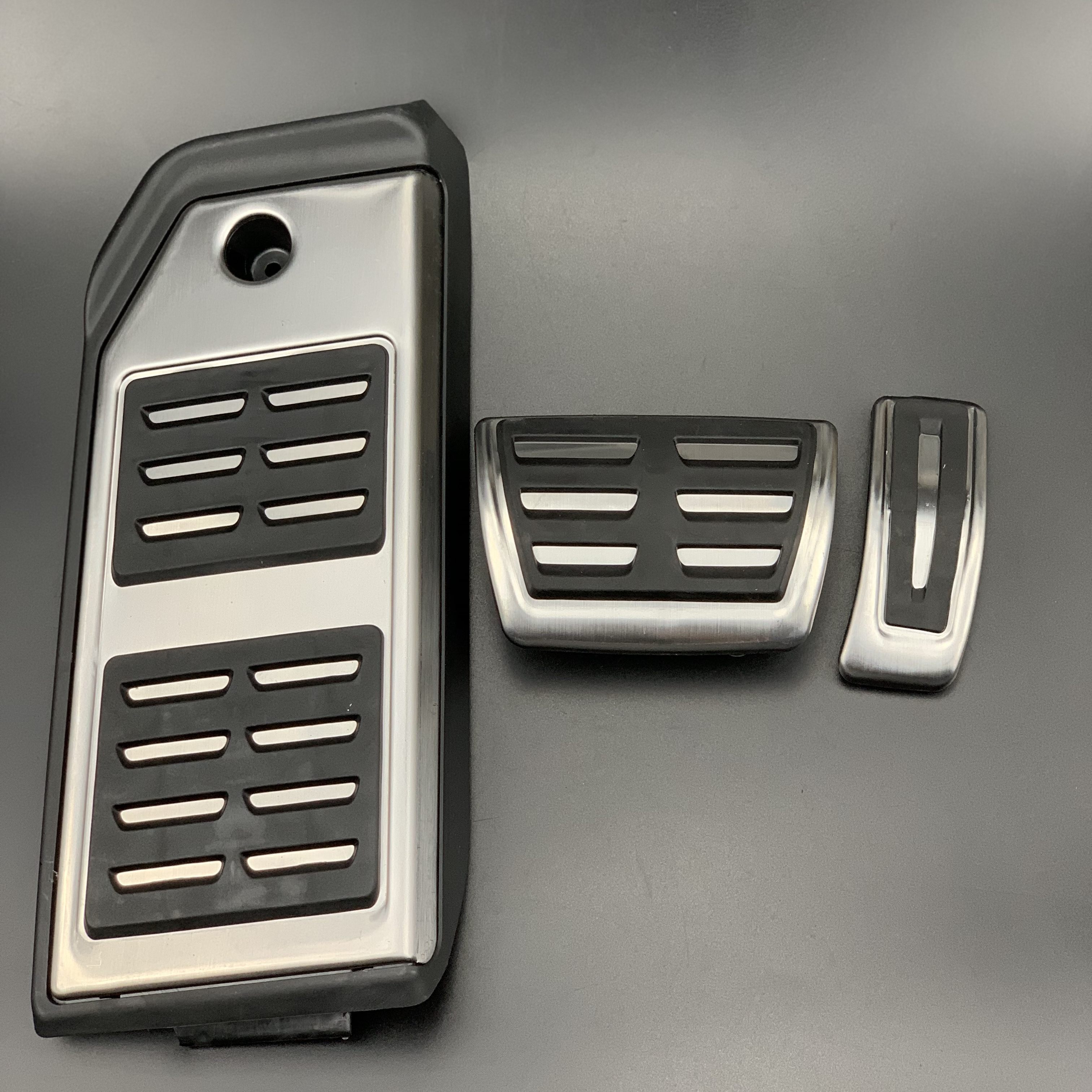 For Audi Q7 Q8 For Porsche Cayenne Fuel Brake Foot Rest pedals Plate Accelerator brake pedal stickers styling Car accessories