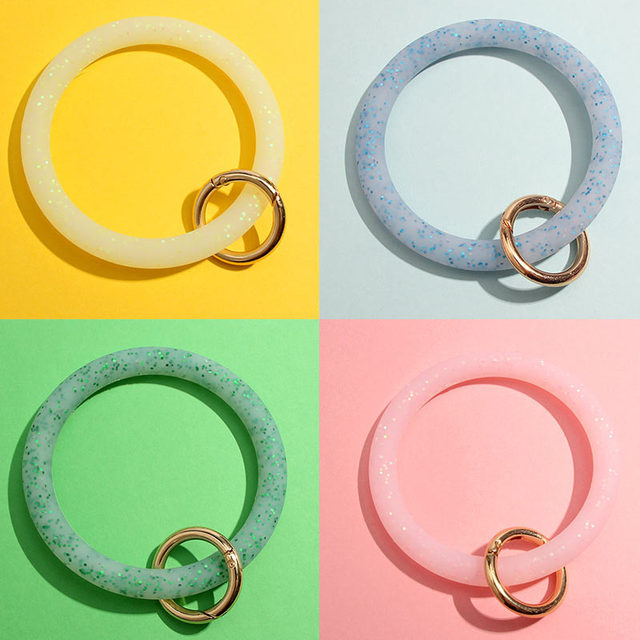 JUST FEEL Fashion Sequin Silicone Keychain for Women Circle Wristlet Car Keychain Ring Wrist Strap Accessories 2019 Hot Sale 3