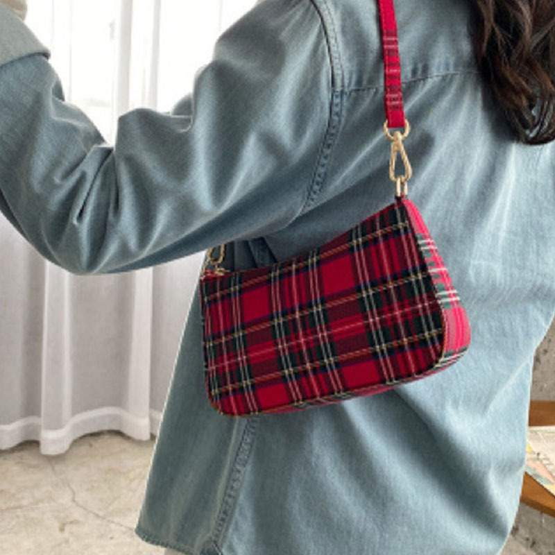 2020 New Retro Red Ge Zi Bao Underarm Handbags White Blue Baguette Package Laptop Messenger Bag