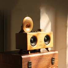 Retro Creative Solid Wood Bluetooth Speaker Wireless Wireless Convenience Mini  Waterproof  Radio