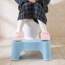 Toilet Squatting Stool Non-slip Home Bathroom Thickened Plastic Bench for Children Kids Squat Stool 3 Colors