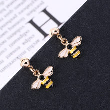 Jepang dan Korea Kepribadian Kreatif Desain Anting Kecil Anting-Anting Kartun Lebah Anting-Anting Wanita Anting-Anting Fashion Perhiasan Korea(China)