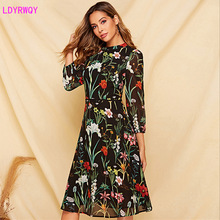 2019 autumn and winter new European and American women's round neck long-sleeved printed lace Slim A-line dress 2019 autumn and winter new european and american women s round neck long sleeved printed lace slim a line dress