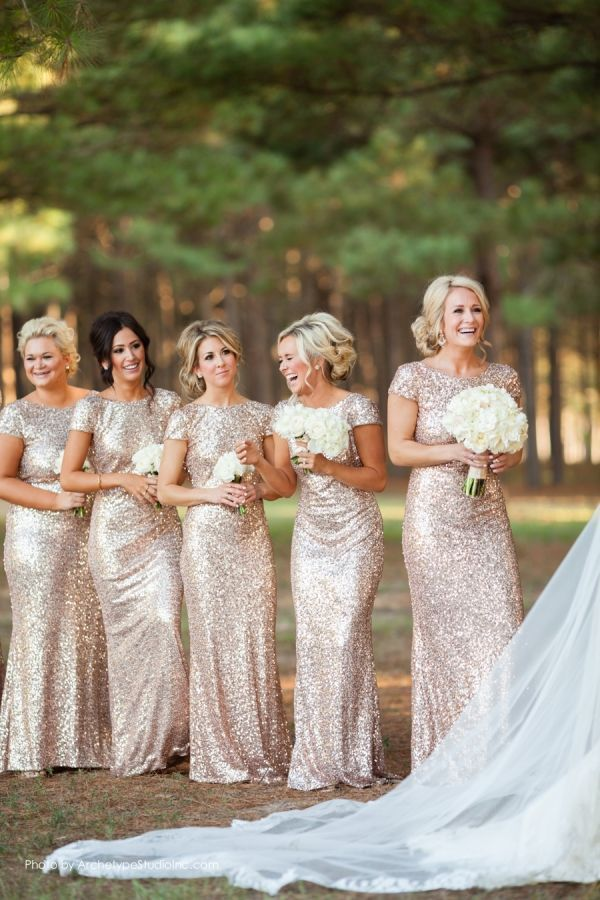 2015 Sexy Backless Bridesmaids Dresses Sequined Sheath Floor Length Cap Sleeve Champagne/Gold Long Important Party Dress Gown