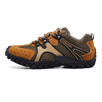 2020/358 Outdoor hiking shoes wear-resistant walking shoes