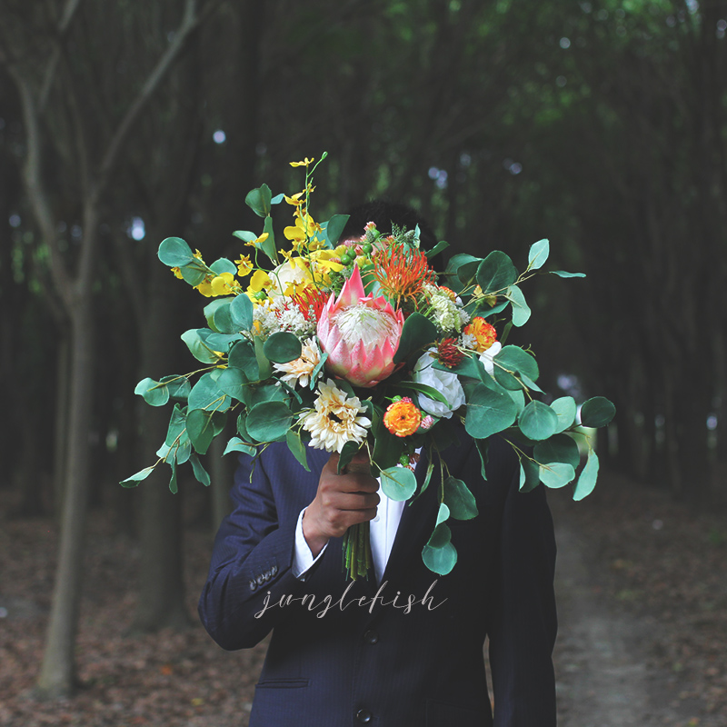 EillyRosia Ins Natural Style Holding Flowers Bridal Wedding Bouquet Outside Wedding Photography Decoration Simulation Flowers