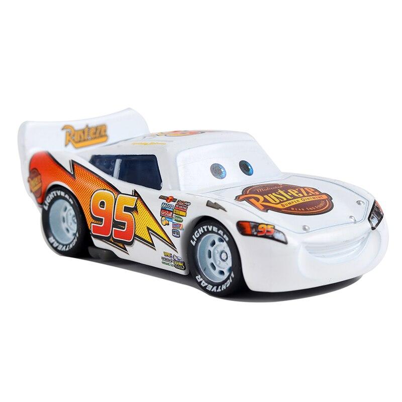 Disney Pixar arabalar 3 yıldırım McQueen beyaz malzeme Jackson fırtına Ramirez 1:55 Diecast araç alaşım No.95 çocuk oyuncak doğum günü hediyesi