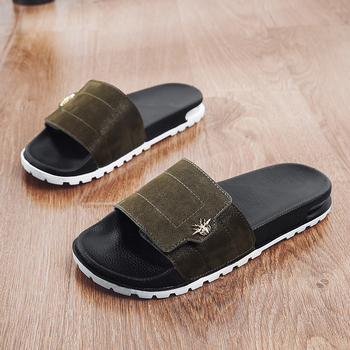Summer Indoor Slippers Men Fashion Bathroom Slippers for Man Black Beach Men Casual Shoes Top Quality Guests Slippers Man 2020 summer cool rhinestones slippers for male gold black loafers half slippers anti slip men casual shoes flats slippers wolf