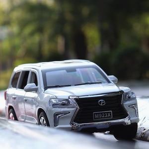 Image 5 - 1:24 Diecast Lexus lx570 Off road pojazdu Suv symulacja aluminiowy Model samochodu 6 drzwi dźwięk światło samochód z napędem Pull Back zabawki dla dzieci ozdoby