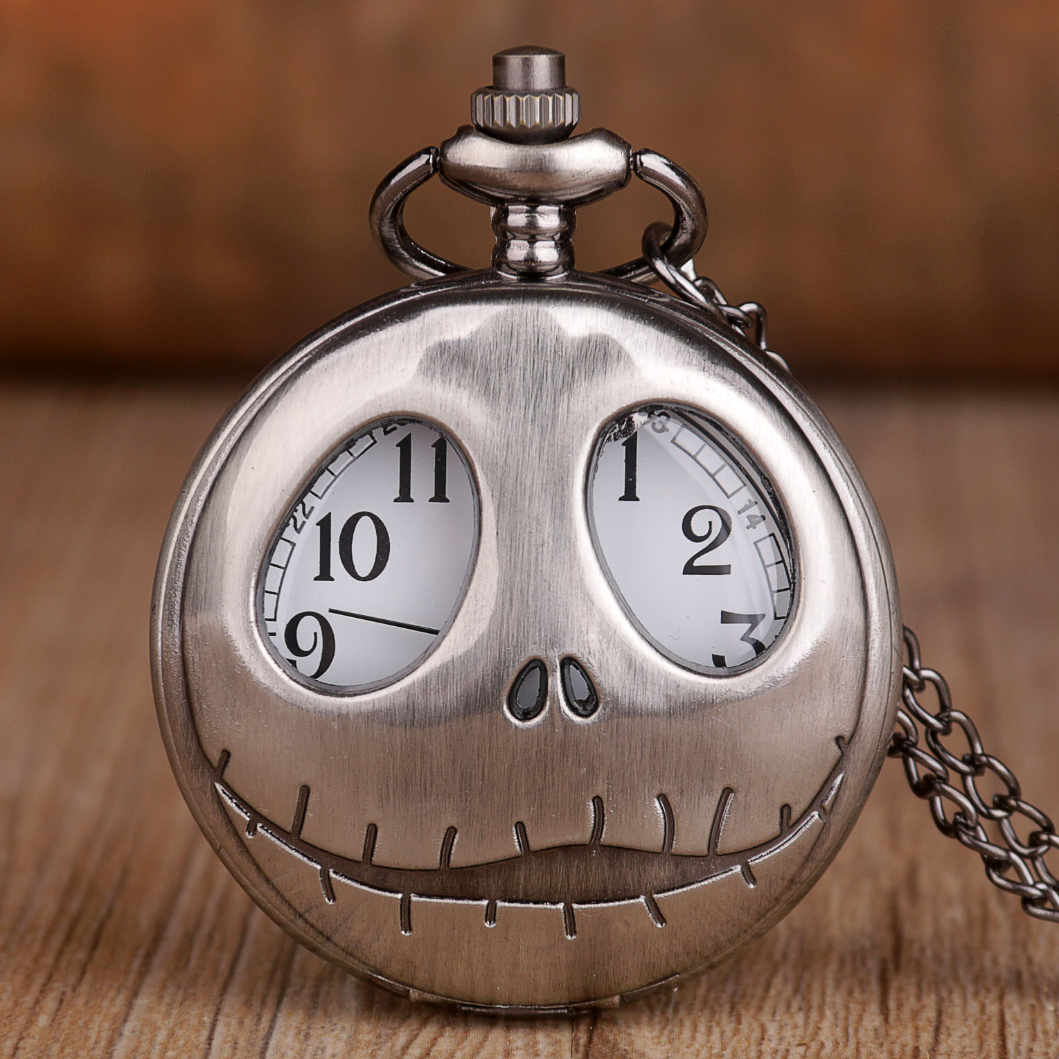 Retro Frog Big Eyes Jack Skellington Quartz Pocket Vintage Watch With Necklace Chain Pendant Skull Watches Halloween Gift