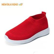 2021 nuove donne leggere traspiranti elastiche di nuovo arrivo ammorbidiscono le scarpe sportive casuali scivolano sulla Sneaker atletica da Jogging per le signore