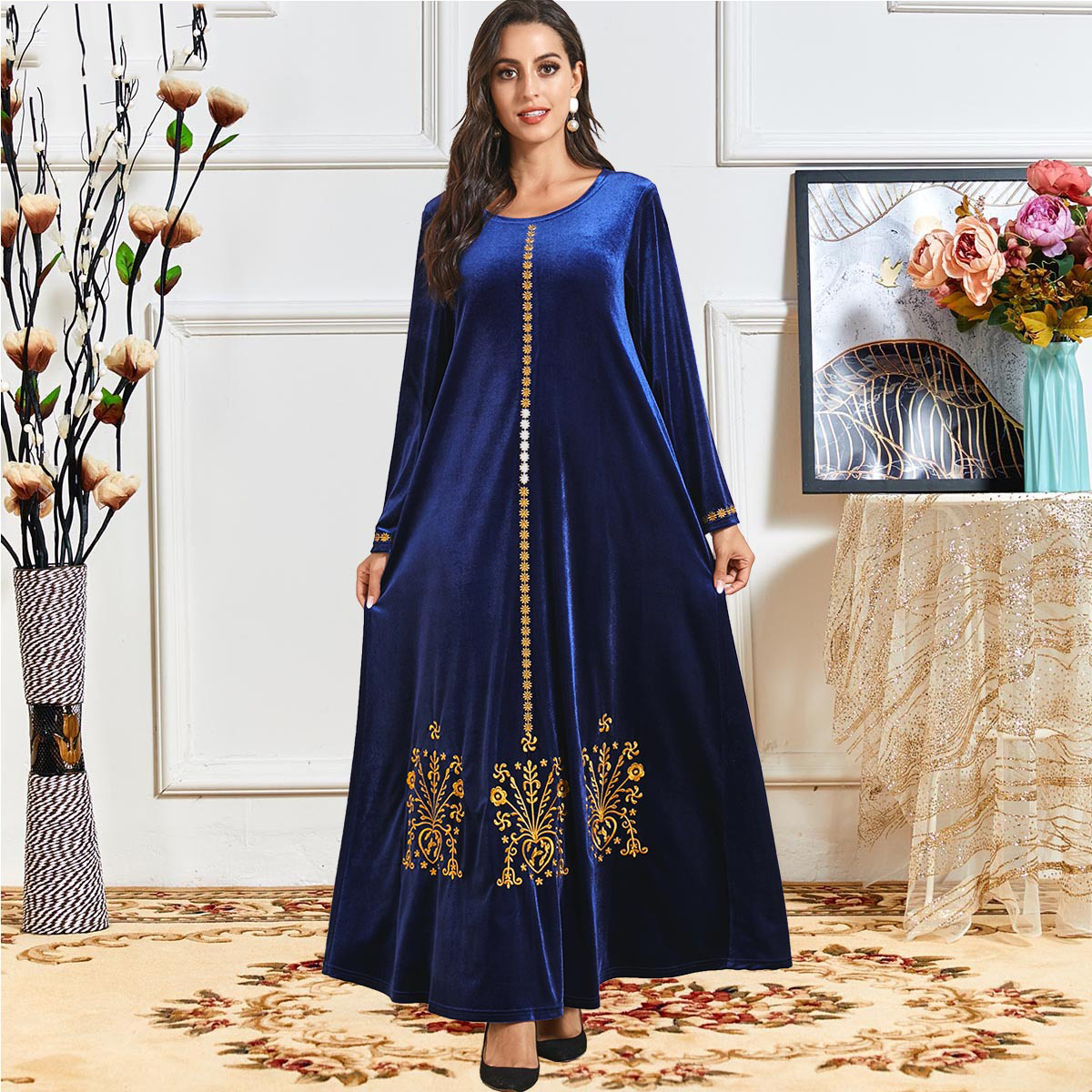 Elegant Velvet Muslim Dress Women Big Swing A line Maxi Dress Embroidery Jubah Long Robe Abaya
