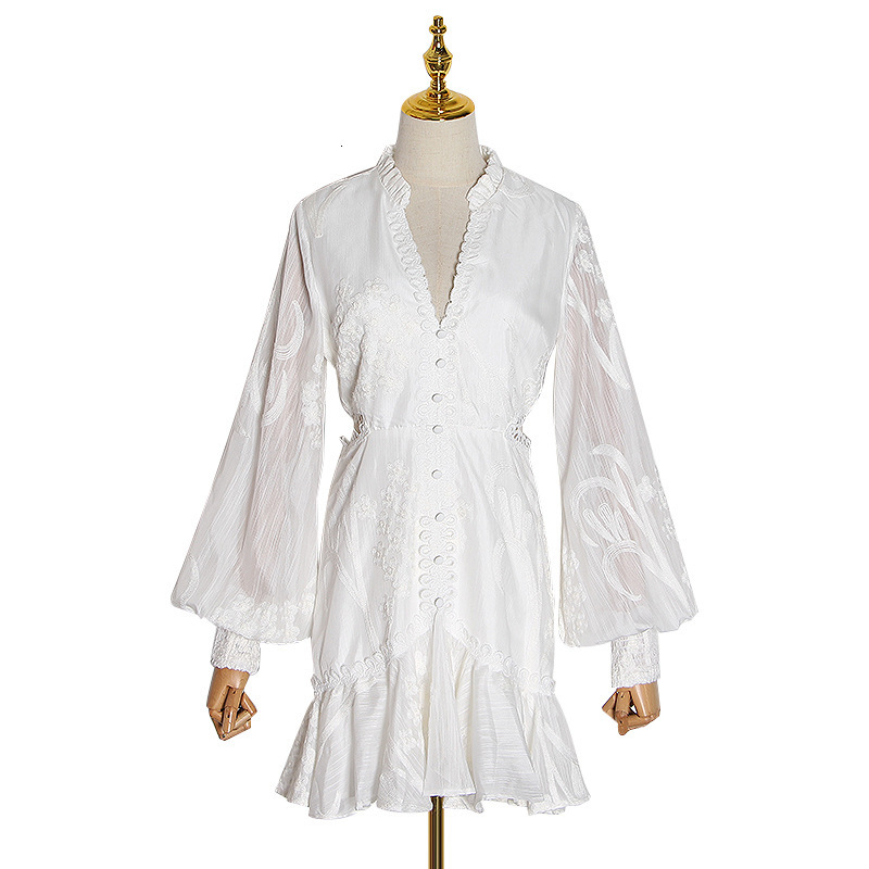 Nouveau magasin signe sexy rosée taille col en v lanterne manches de nouveau fonds d'hivers lourd broderie robe blanche femme - 5
