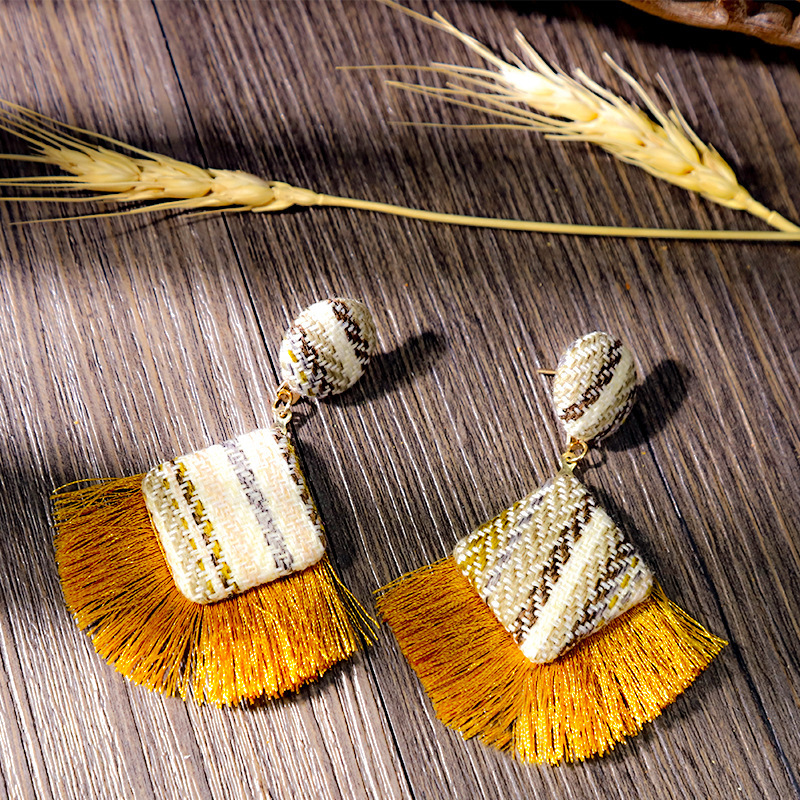 European and American fashion creative classic tassel earrings ladies retro ethnic style personalized