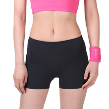 Летние спортивные женские шорты для фитнеса, защищающие от воздействия, одноцветные удобные теннисные шорты для женщин, быстросохнущие шорты