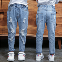 цена на Spring New Kids Jeans Cotton Embroidered Elasticity Ripped Jeans For Girls Autumn Long Denim Pants Skinny Jeans Baby Girls 4-14Y