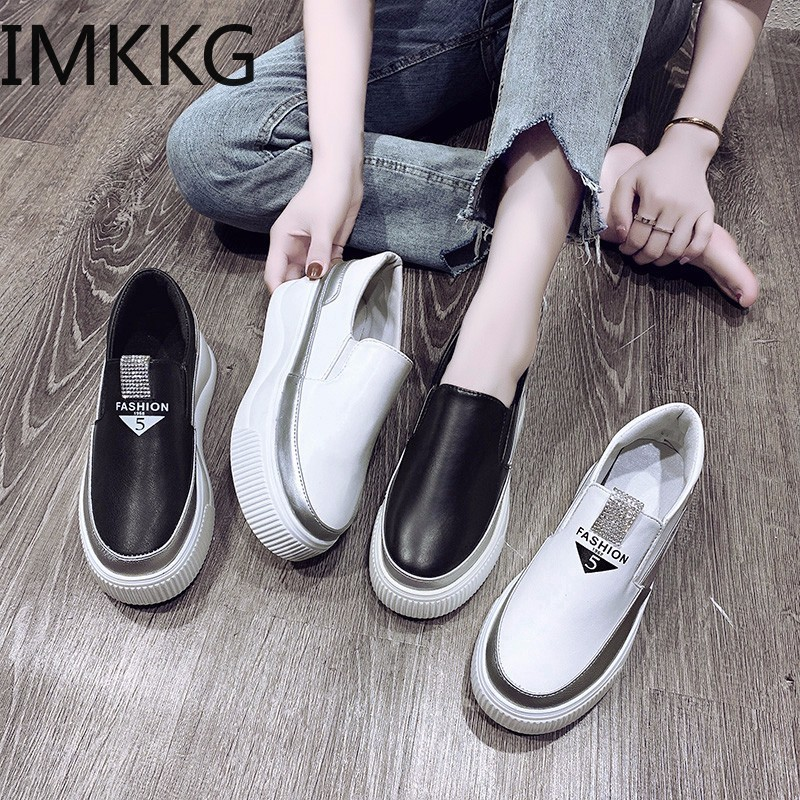 Crystal Platform Shoes Woman Leather Moccasins Loafers Women Thick Bottomed Flats Fashion Students Shoes Y10347