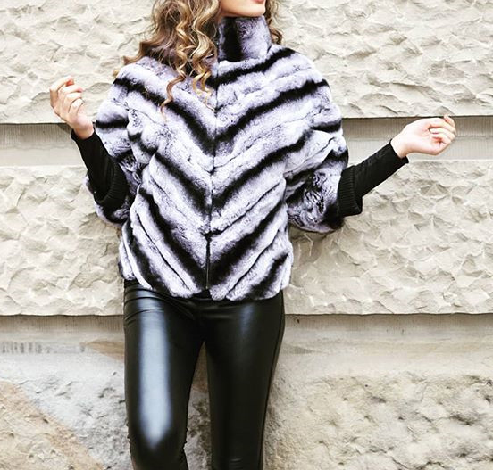 Real Rex Rabbit Fur Coat Short Jacket  Stripe Plus Size With  Batwing Sleeve Furry Winter Warm Half Sleeve 2018