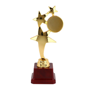 1pc Mini Award Trophy Practical Ceremony Gift Plastic Reward Prizes Decoration for Girls Boys