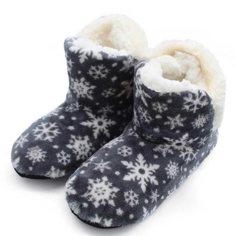 Kadın kar botları 2019 katı düz peluş sıcak kar patik süet kış yarım çizmeler ev bayan ayakkabıları şişeler femme botas a40