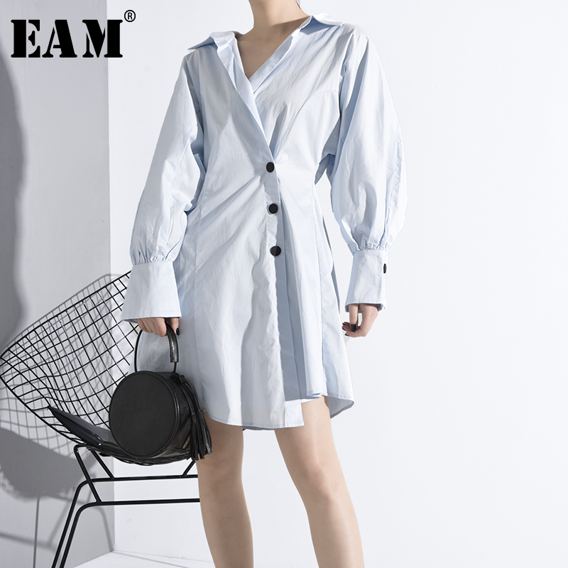 [EAM] Women Blue Button Split Temperament Shirt Dress New V-Neck Long Sleeve Loose Fit Fashion Tide Spring Autumn 2020 MG09205