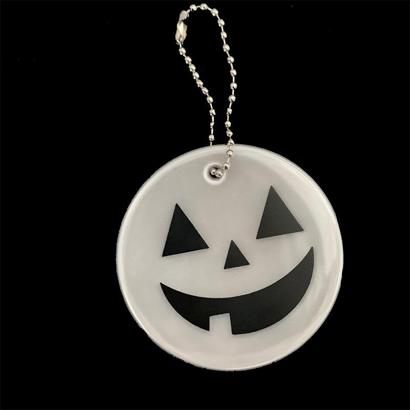 Хэллоуин Тыква брелки мягкий ПВХ отражающий брелок подвесные аксессуары для сумок брелки для дорожного движения видимая Безопасность использования - Название цвета: white