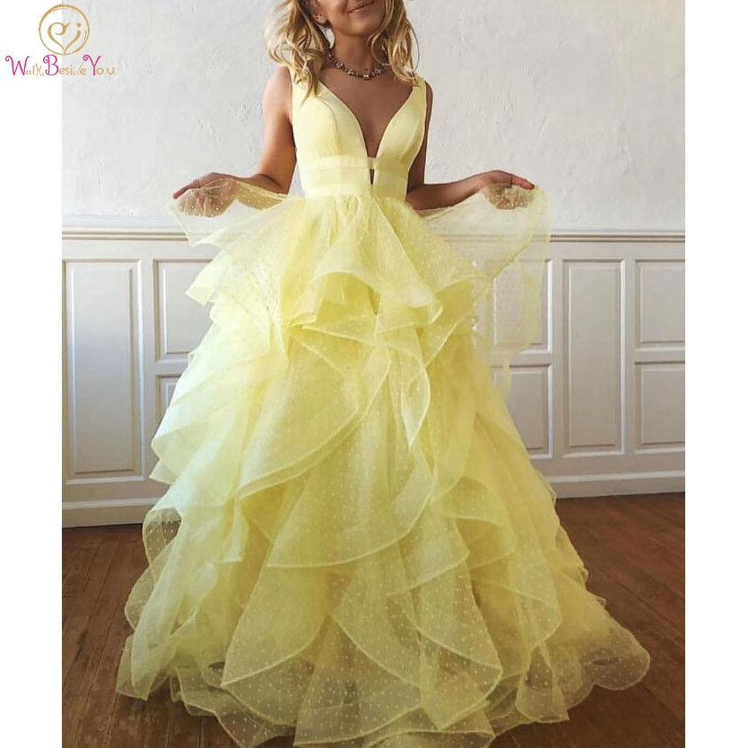 Graduation Dresses Dot Tulle Yellow Pink Blue Homecoming Dresses Deep V Neck Ruffles Tiered A Line Formal Party Gowns Customize