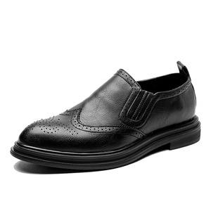 Image 1 - 2020 chaussures habillées pour hommes faites à la main Style richelieu Paty cuir chaussures de mariage en cuir chaussures formelles Oxfords