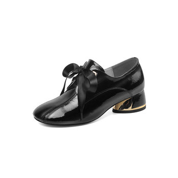 Elegant Genuine Leather Women Pump Black Beige Patent Leather Autumn Shoes Square Med Heel Shallow Lady Casaul Shoes
