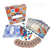Azulejos azulejos azulejos azulejos jogo de tabuleiro azul para a festa da família adulta tendo o divertimento