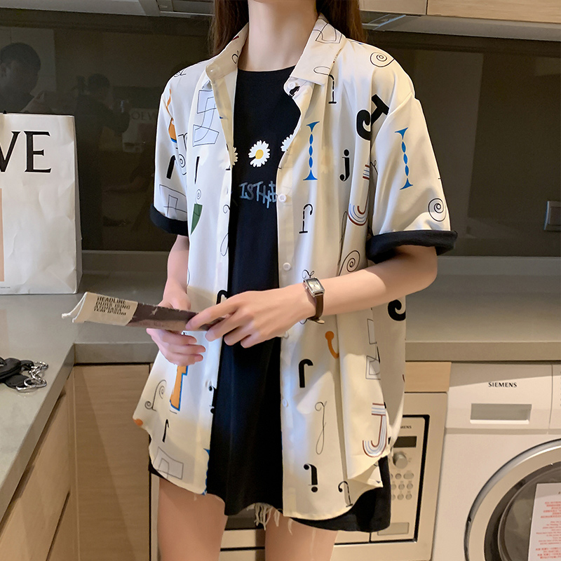 2020 New Design Oversized Shirt Women Turn Down Collar Short Sleeve Printted Letter Loose Casual Shirts Womens Tops and Blouses