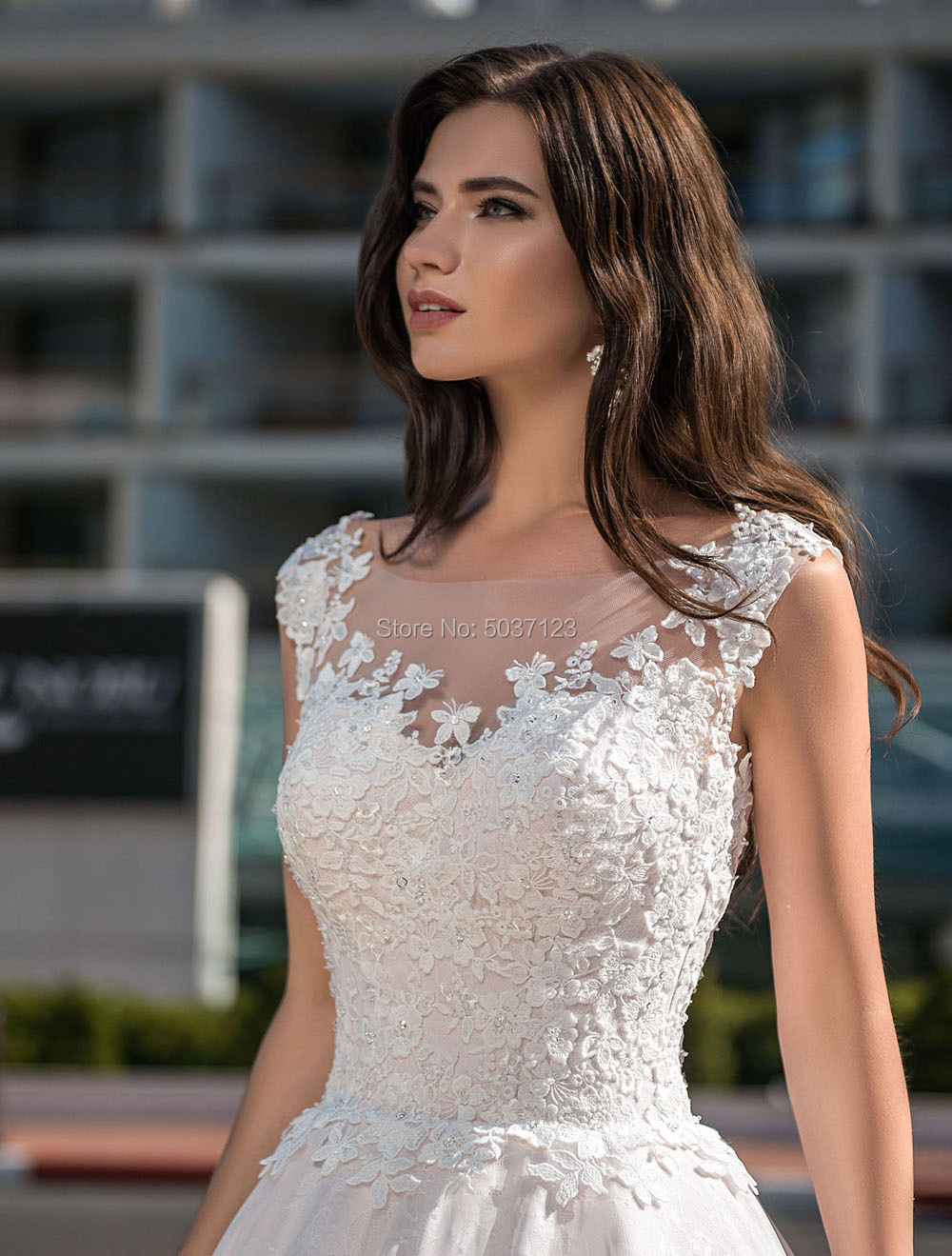 Image 3 - Light Pink Wedding Dresses 2019 Lace Appliques Sleeveless Bridal Gowns A Line Illusion Court Train Vestido De Noiva Plus Size-in Wedding Dresses from Weddings & Events