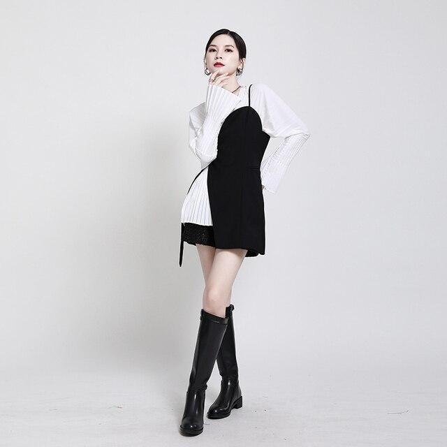 [EAM] Women Loose Fit Black Irrgular Bandage Stitch Vest New V-collar Sleeveless   Fashion Tide Spring Autumn 2021 1DA977 3