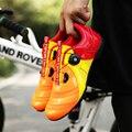Velocidade maré Lacing Sapatos Das Mulheres Dos Homens de Bicicleta de Ciclismo Profissional Tênis Luz Respirável Amantes Sapatos de Bicicleta de Estrada Ao Ar Livre