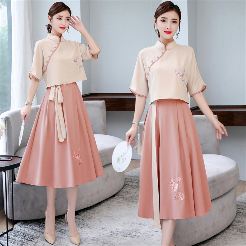 Chinese Traditional Dress For Women Long Cheongsam Seven-quarter Sleeve Embroidery Qipao Tops Pleated Skirt Party New Year Robe