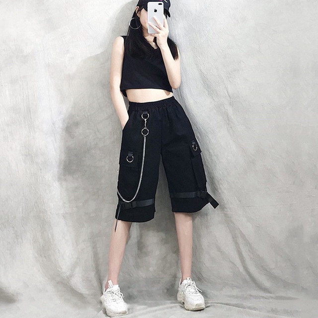 Harajuku Streetwear Women Casual Harem shorts With Chain Solid Black Cargo Gothic Cool Fashion Hip Hop Long Trousers Capris 4