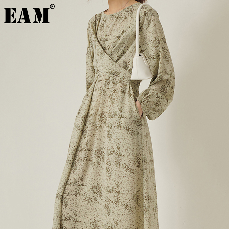 [EAM] Women Green Pattern Printed Cross Temperament Dress New Round Neck Long Sleeve Loose Fit Fashion Spring Autumn 2020 1S321