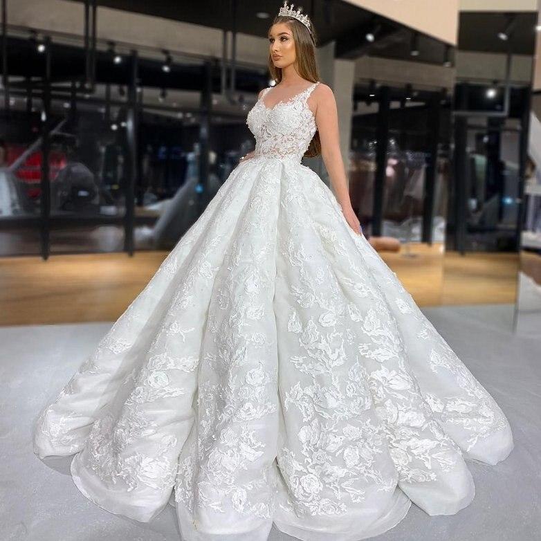 2020 Vintage Sleeveless Wedding Dresses Ball Gown Ruffles Lace Appliques Vestido De Noiva Custom Made Bridal Dress