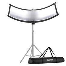 Neewer Clamshell Light Reflector/Diffuser for Studio Video and Photography with Carrying Bag