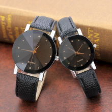 Новая повседневная круглая пара наручные часы, горячая Распродажа черный коричневый циферблат кожаный указатель студенческий темперамент мужские кварцевые часы для женщин
