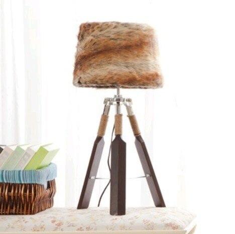 Тканевый абажур деревянный треугольник весло настольные лампы украшения настольные лампы для чтения спальня рядом с освещением - Цвет абажура: fur
