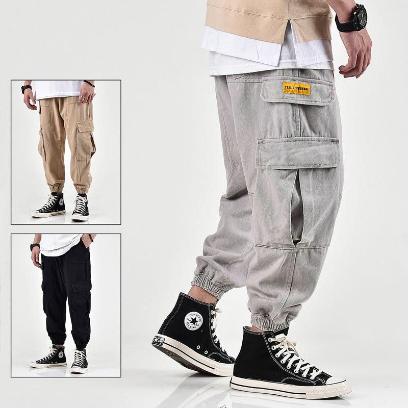 Japanese Style Fashion Men Jeans Loose Fit High Quality Khaki Big Pocket Cargo Pants Streetwear Hip Hop Jeans Men Joggers Pants
