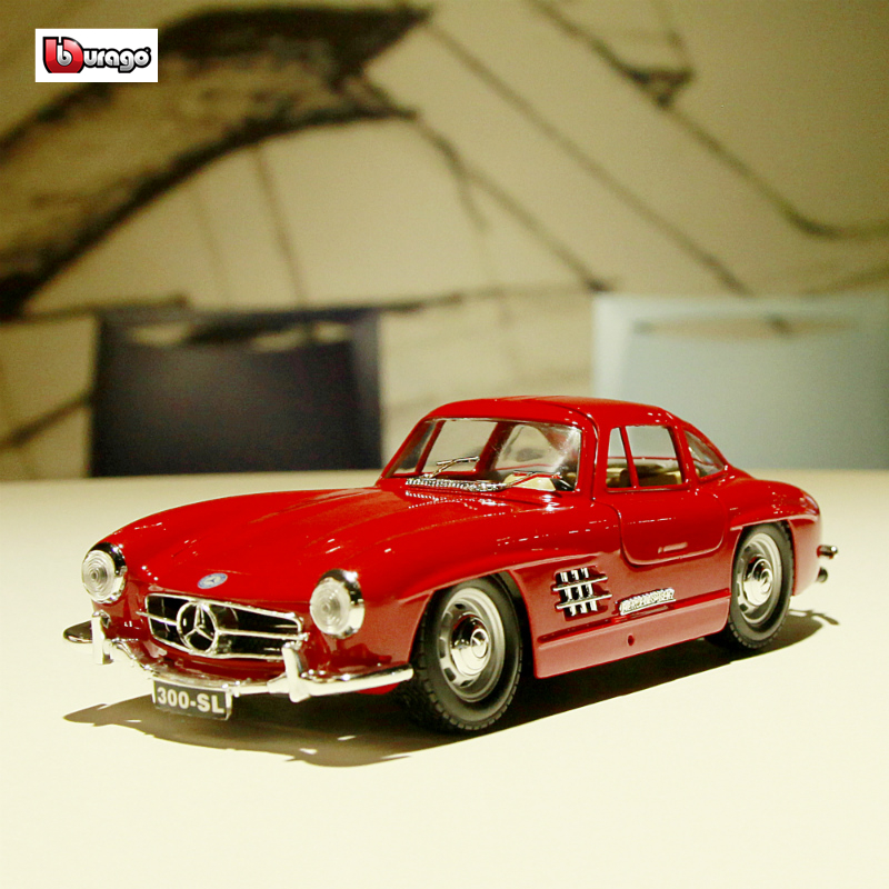 Bburago 1:24 1954 Mercedes 300 SL Simulation Alloy Car Model Crafts Decoration Collection Toy Tools Gift