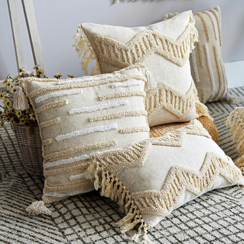 Boho Style cushion cover 45x45cm pillow cover Cotton Linen Tufted Tassles Beige for Home decoration Sofa Bed 45x45cm/30x50cm beige plaid cushion cover vintage colored dots moroccan style pillow cover 45x45cm home decoration zip open