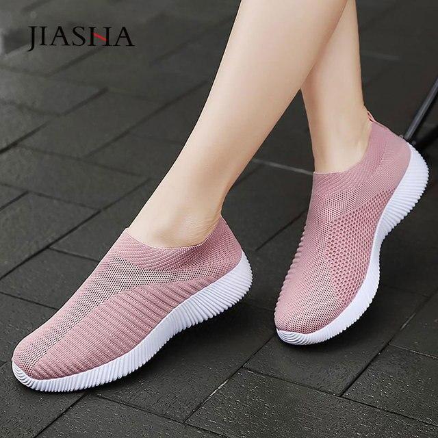 Sneaksrs النساء أحذية 2020 موضة الحياكة تنفس أحذية مشي الانزلاق على حذاء مسطح حذاء كاجوال مريحة امرأة حجم كبير