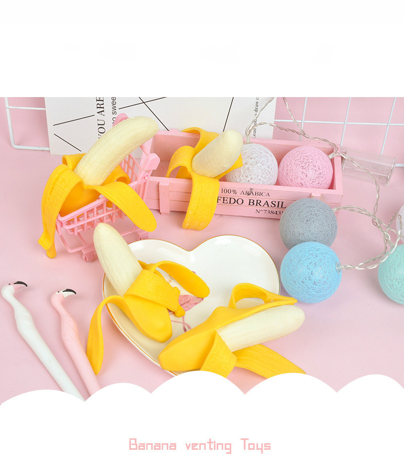 Cute Peeling Banan Venting Toys Popular Antistress Simulation Banana Children's Banana Venting Toys Kneading Squishy Toys enlarge